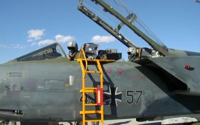 Fighter Pilot Communication