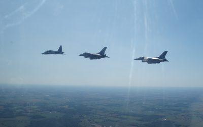 Fighter Pilot Teamwork